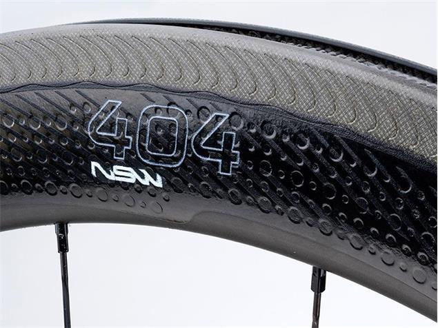Zipp 404 NSW Carbon Clincher Vorderrad