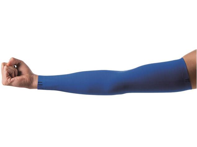 Arena Carbon Compression Arm Sleeves Unisex - XS electric blue
