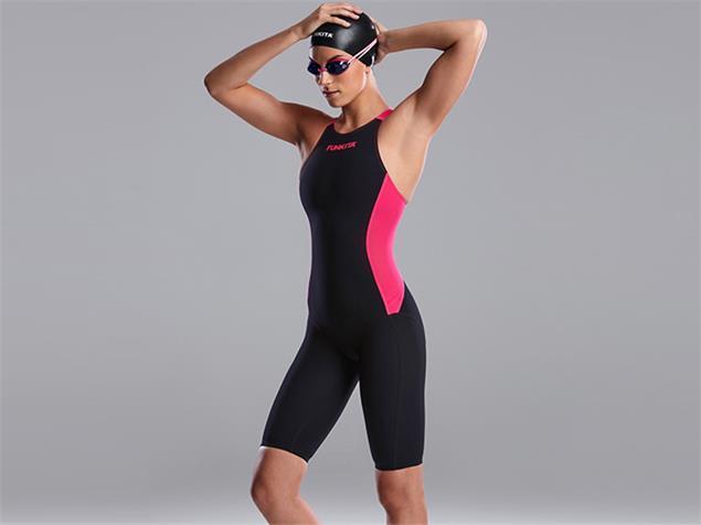 Funkita Apex Viper Suit Wettkampfanzug Kneeskin, Open Back - 28 pink shadow